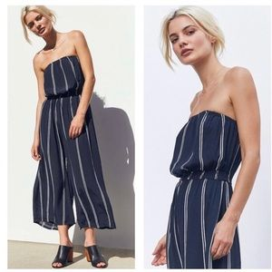 NEW URBAN OUTFITTERS Strapless striped jumpsuit.